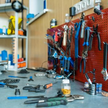 製造現場の工具管理をAI画像解析で実現