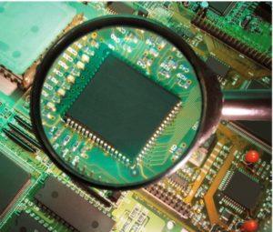 数千枚の半導体ICチップより欠陥品を検知